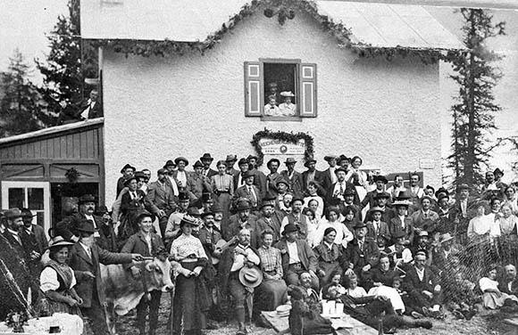 Storia del rifugio Croda da Lago